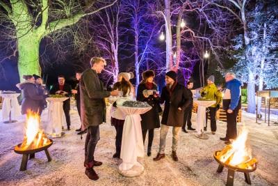 Zauberhafte Weihnachtsfeiern im Helenental